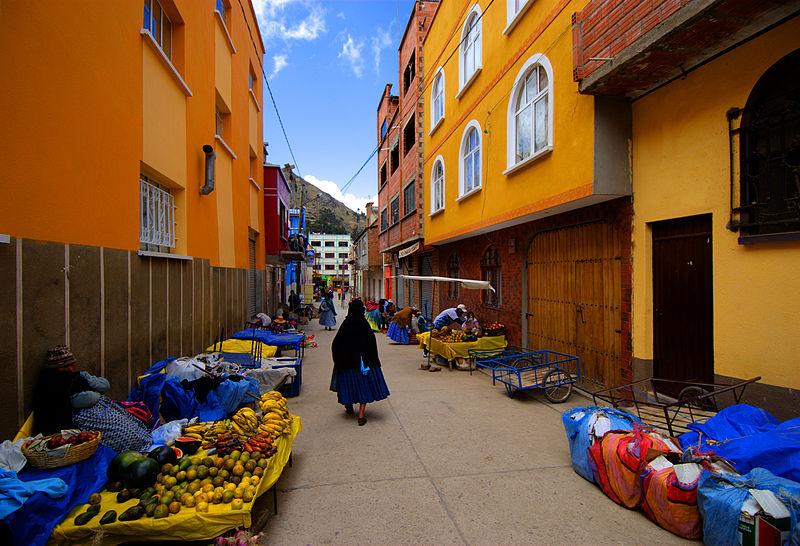 Street in Copacabana, Boliva. By Ville Miettinen - Wikimedia Commons.